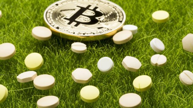 Schemă de comercializare a drogurilor, deconspirată. Banii din vânzări erau transformați în monedă bitcoin