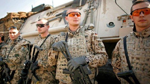 Sondaj | Majoritatea germanilor se declară pentru reintroducerea serviciului civil sau militar pentru tineri