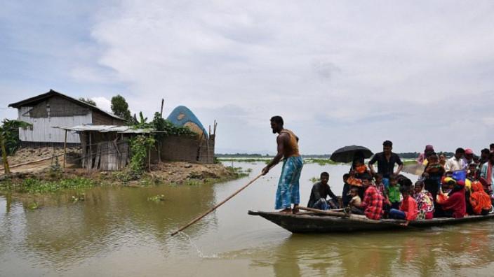 Una din cele mai mari inundații din ultimii 100 de ani în India a luat viața a 164 de oameni