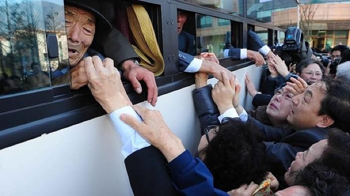 Au fost aleși la loterie 172 de sud-coreenii ca să-și poată revedea familiile din Coreea de Nord