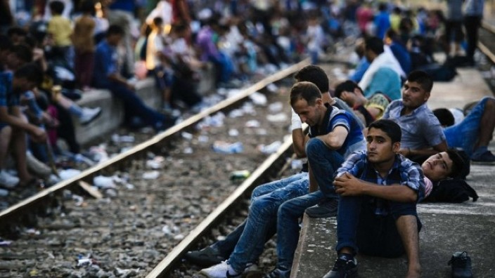 Acord între Berlin și Atena | Grecia va prelua înapoi migranţii clandestini ajunşi în Germania