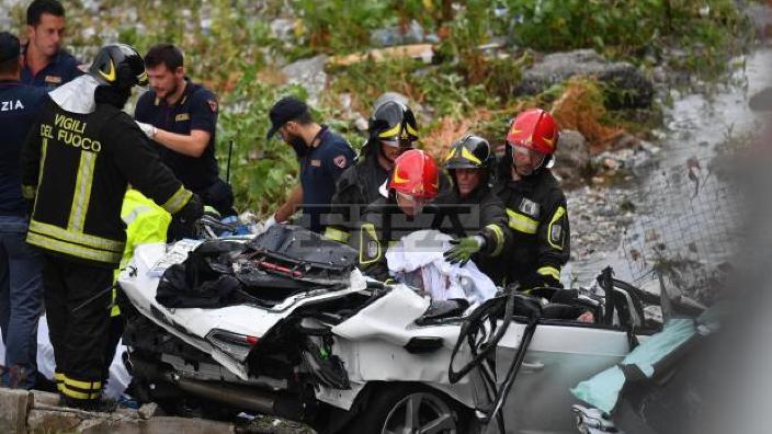 Un cetăţean al R.Moldova se află printre victimele înregistrate în urma prăbuşirii podului din Genova