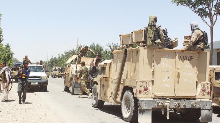 Insurgenţi talibani au răpit zeci de pasageri după ce au oprit trei autobuze în nordul Afganistanului