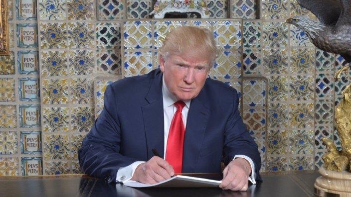 Donald Trump l-a nominalizat oficial pe Adrian Zuckerman pentru funcția de ambasador al SUA în România