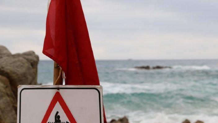 Scăldatul total interzis pentru săptămâna aceasta pe mai multe plaje din Marea Neagră