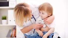 Numărul copiilor bolnavi de rujeolă și a celor nevaccinați este în descreștere