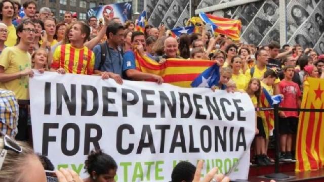 Aproape un milion de catalani au participat la un miting în favoarea independenţei faţă de Spania, cu ocazia Zilei regiunii
