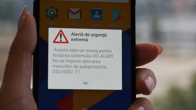 Testarea sistemului RO-ALERT, de avertizare a populației prin telefonul mobil, începe luni în România