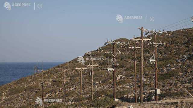 Ciclonul tropical mediteranean Xenofon loveşte cu putere Grecia