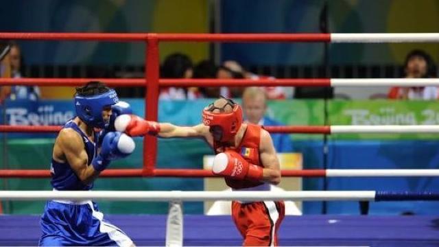 Boxerul moldovean Andrei Zatuşevschi a luat medalia de bronz la Campionatul Mondial Universitar din orașul Elista, Rusia