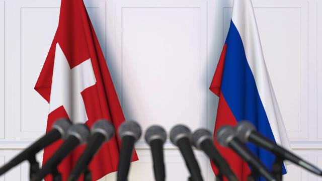 Peste un sfert dintre ruşii acreditaţi ca diplomați în Elveţia ar fi, de fapt, spioni (PRESA)