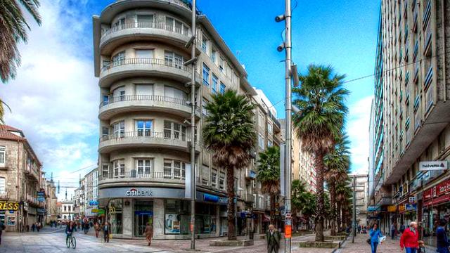 FOTO | Viaţa în oraşul spaniol care a INTERZIS MAŞINILE. Pentru oameni acolo e Paradisul