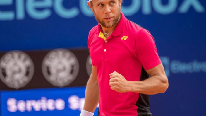 TENIS | Radu Albot a acces, în premieră, în semifinalele turneului ATP de la Metz