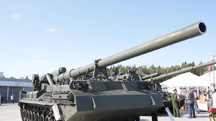 """Rușii reiau în funcțiune artilerie de pe vremea URSS, inclusiv tunurile tunurile zise """"Dumnezeul războiului"""""""