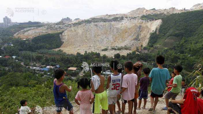 Alunecare de teren în Filipine | Cel puţin 29 de morţi şi 60 de oameni daţi dispăruţi