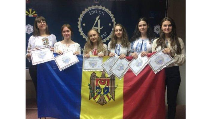 Elevii din R.Moldova au obținut o medalie de bronz la Olimpiada Internațională de Limba Franceză