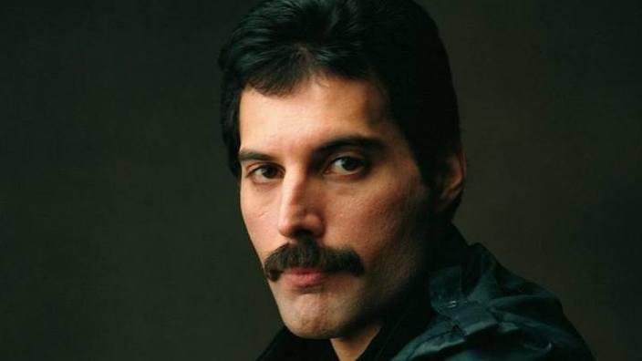 Fonograful de miercuri | Să nu uităm de Freddie...