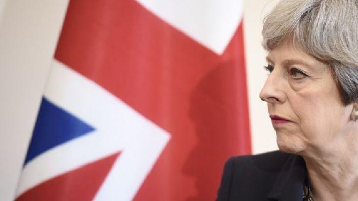 Theresa May denunţă