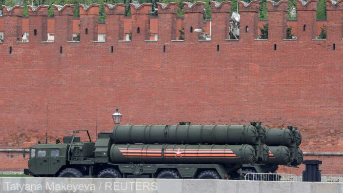Rusia împânzeşte Crimeea cu rachete mobile sol-aer S-400 Triumf
