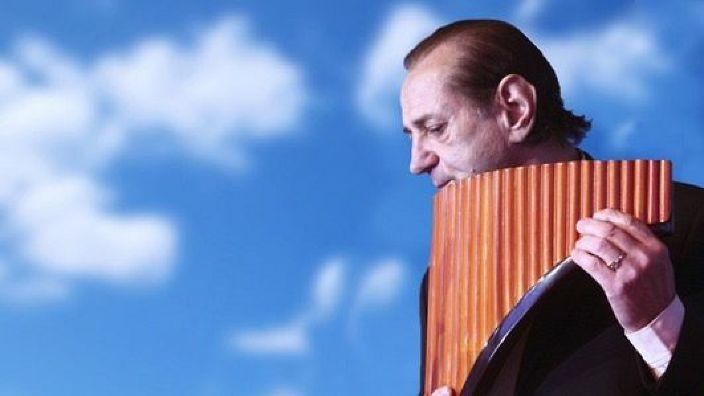 Concert extraordinar al maestrului Gheorghe Zamfir la Zilele Bucureştiului, dedicate Marii Uniri