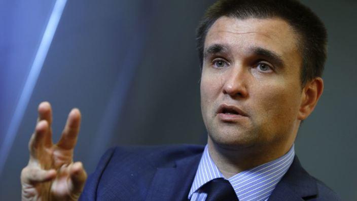 Fost ministru de Externe de la Kiev, despre riscul secesiunii unor regiuni din Ucraina, locuite inclusiv de români