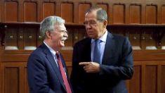 John Bolton a discutat cu şeful diplomaţiei ruse, Serghei Lavrov, despre retragerea SUA din Tratatul INF