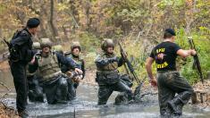 """Din 44 de polițiști """"Fulger"""", 36 au obținut """"Bereta Neagră"""" - testul bărbăției și curajului"""