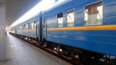 Călătorii trenului Chişinău-Bucureşti vor fi rugați să completeze un chestionar