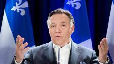 Quebec: Noul premier va interzice portul de însemne religioase de către angajaţii statului