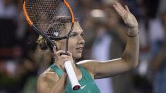 Tenis | Simona Halep recunoaşte că durerile la coloană persistă chiar şi când nu este pe teren, dar exclude o operație
