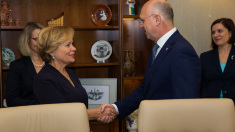 Pavel Filip, către președintele Adunării Parlamentare NATO | Neutralitatea a fost impusă de implicarea forțelor militare rusești în conflictul de pe Nistru