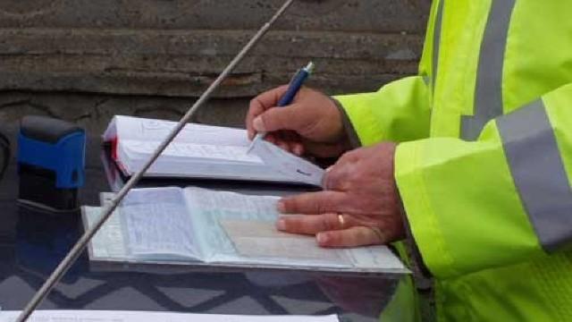 Votat! Miniștrii și consilierii locali vor putea fi trași la răspundere contravențională pentru hotărârile adoptate contrar legii