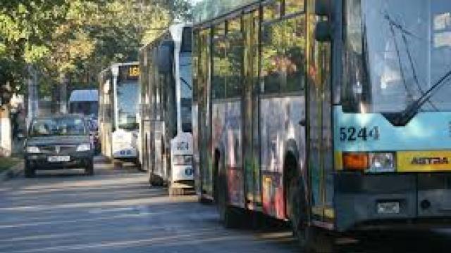 Transportul public de pe Ștefan cel Mare va fi redirecționat astăzi pe str. București
