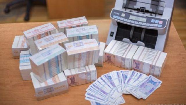 Bancnote moldovenești din polimer ar putea fi puse în circulație în 2019, potrivit guvernatorului BNM