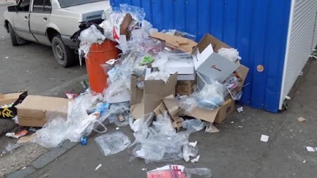 Comercianții sunt obligați să asigure colectarea, depozitarea și transportarea deșeurilor rezultate din activitatea lor de comerț