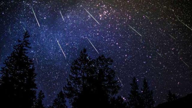 Fenomen spectaculos pe cer, în această noapte. Ce sunt Orionidele și unde le puteți vedea cu ochiul liber