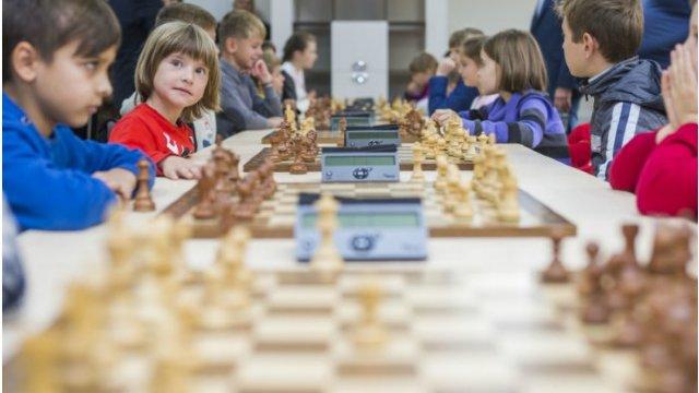 Şcolile de şah din Râbniţa şi Rezina au fost renovate cu suportul UE