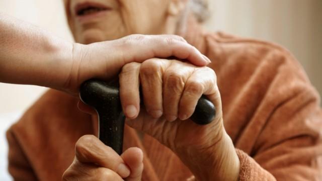 Ziua Mondială a Persoanelor Vârstnice | Fiecare a treia persoană din R Moldova are 60-64 ani. Care este speranța lor de viață
