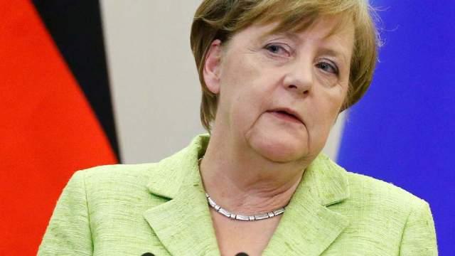 """Angela Merkel, despre negocierile cu privire la Brexit - """"Diavolul se ascunde în detalii"""""""