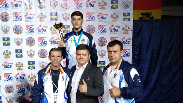 Boxerii moldoveni au cucerit două medalii la Europenele de juniori