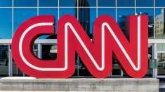 Fox News a anunţat că sprijină demersul legal al CNN împotriva Casei Albe