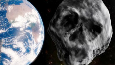 """Asteroidul 2015 TB145, botezat """"cometa morţii""""  se apropie de Terra"""
