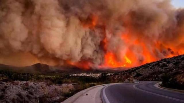 Incendiile de pădure din California înaintează extrem de repede