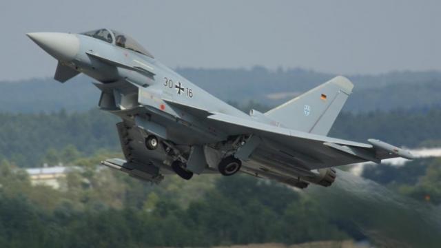 Avioanele NATO au fost nevoite să întercepteze aparate de zbor rusești de trei ori într-o singură zi