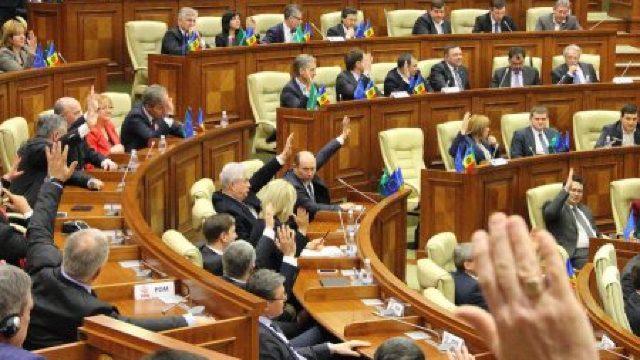 În Parlament s-a votat Codul serviciilor media audiovizuale, respins de Igor Dodon