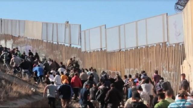 6000 de militari au fost trimiși de Donald Trump la granița cu Mexicul, pentru a opri migranții