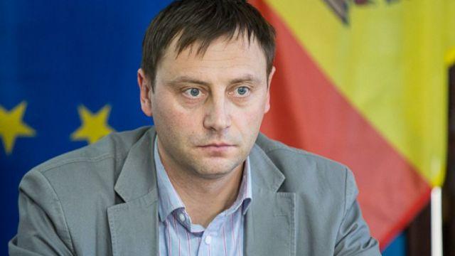 Ion Tăbârță: Cred că ne așteaptă o perioadă destul de conflictuală între instituția Parlamentului, dominată de forțele descendente ale regimului oligarhic al lui Plahotniuc, și instituția Președinției
