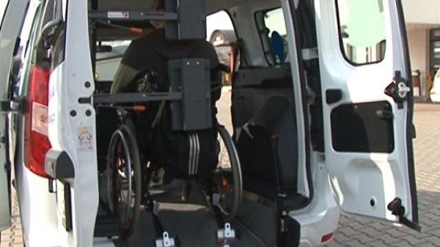Importul autovehiculelor pentru persoanele cu dizabilități locomotorii, acum cu mai multe facilități