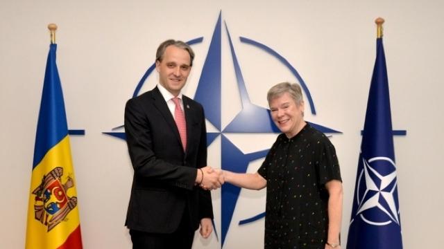 Ministrul Apărării și Secretarul General Adjunct al NATO au discutat despre cooperarea R.Moldova cu Alianța Nord-Atlantică