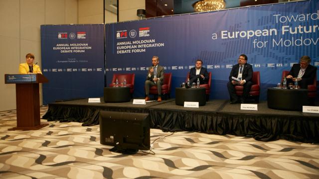 Dezbateri privind integrarea europeană a R.Moldova | Alegerile parlamentare vor fi un test important pentru relațiile cu UE, susține Peter Michalko